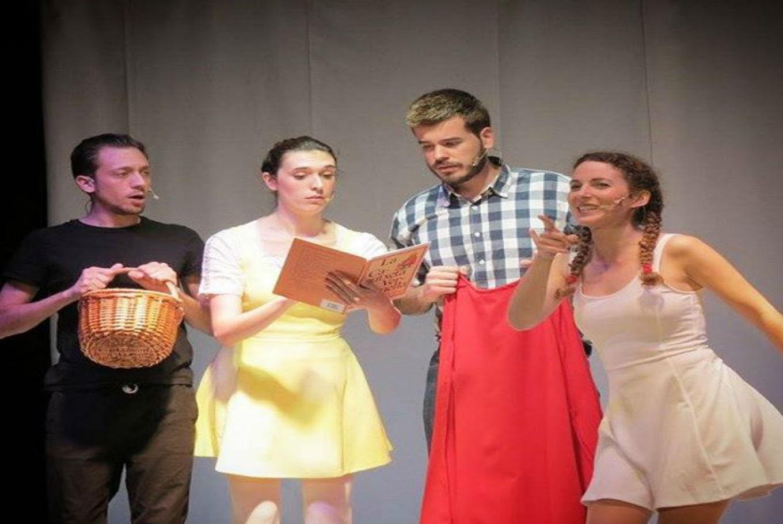 Espectáculo infantil 'Caputxeta, com et dius? en Espai-Sala Porta 4 (Barcelona)