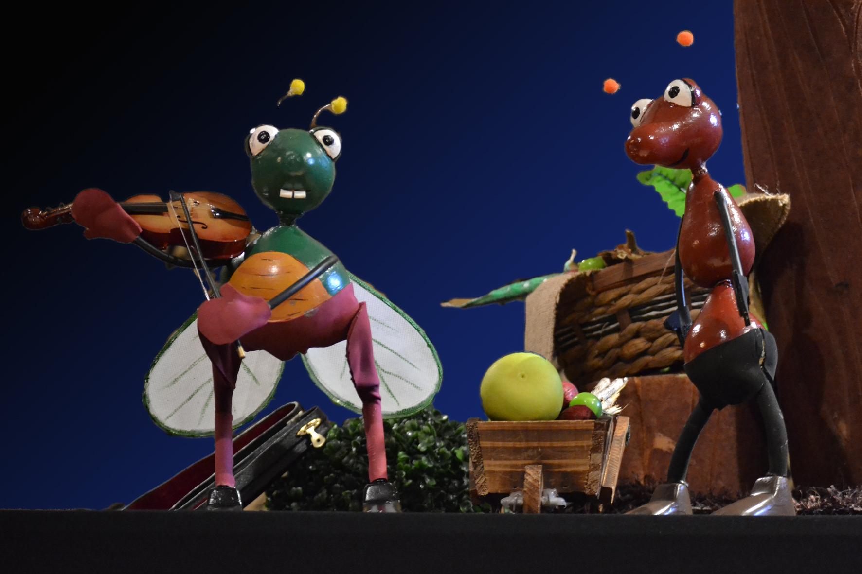 Teatro 'La cigarra y la hormiga' en Teatro San Francisco (León)