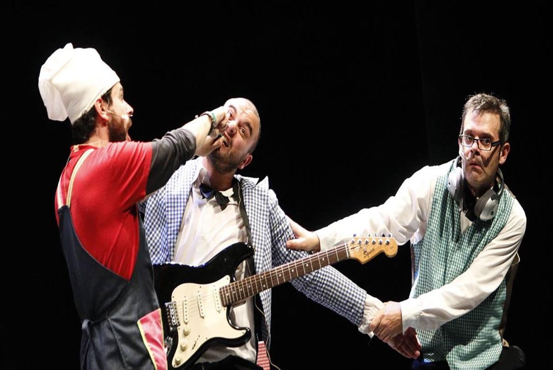 Espectáculo teatro-muscial 'Cocido express' en Marineda City (A Coruña)