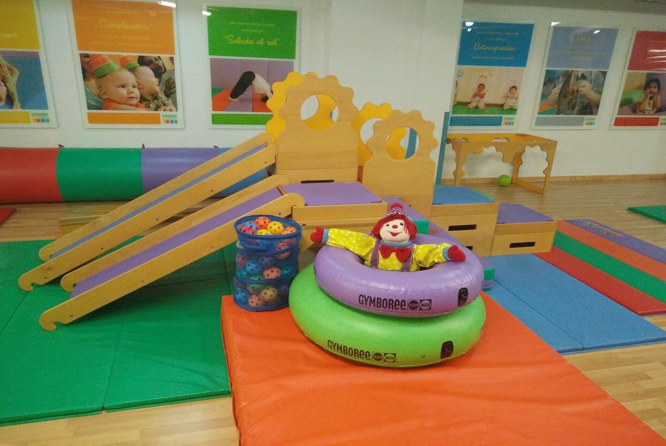 Gymboree Play & Music  Sarria