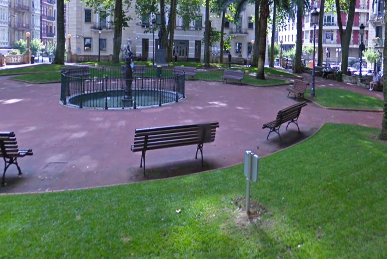 Parques y plazas para ni os en la provincia de vizcaya for Jardines de albia