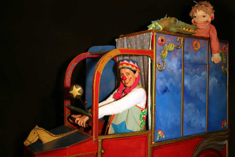 Espectáculo 'La camioneta de Cuchufleta' en Sala Petxina (Valencia)