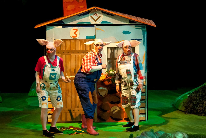 Teatro 'Los 3 cerditos' en Teatro Echegaray (Málaga)