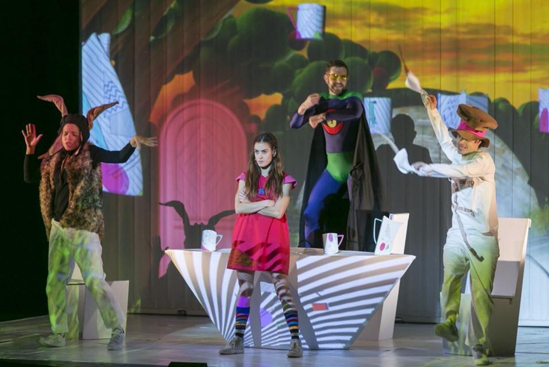 Musical 'Alícia al país de les Meravelles' en Teatro Romea (Barcelona)