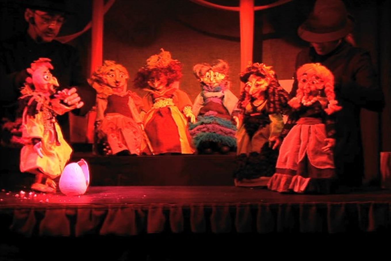 Teatro de títeres 'Brujas' en Teatro de Títeres de El Retiro (Madrid)