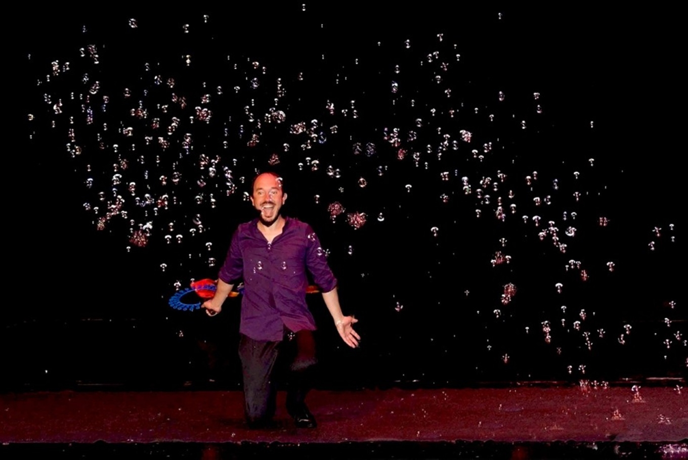 Espectáculo con pompas 'Magic Bubble' en Teatro Sanpol (Madrid)