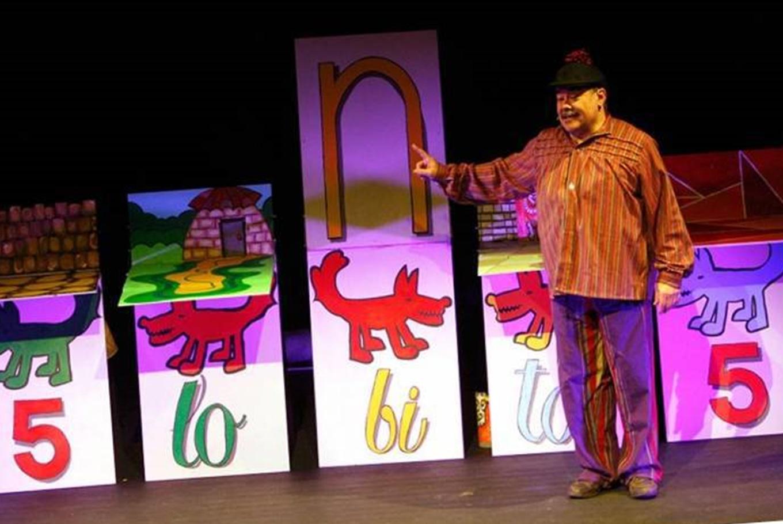 Teatro 'Cinco lobitos' en Teatro La Estrella (Sala Cabanyal) (Valencia)