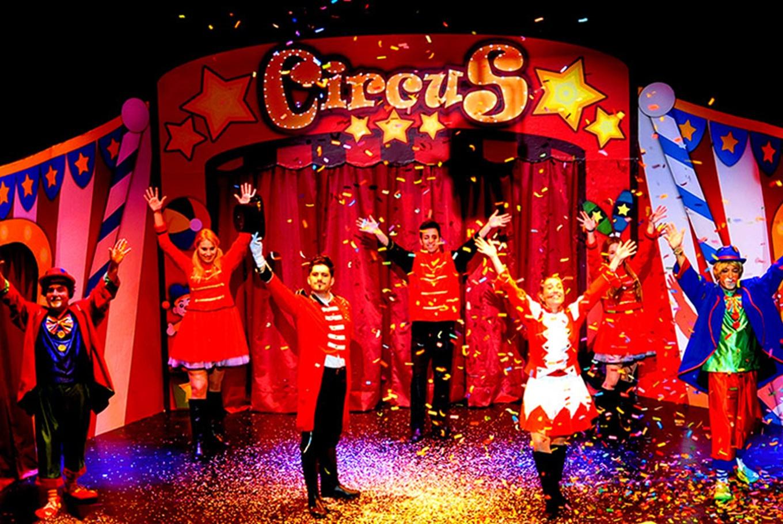 'Circus imaginarius' en Teatre Flumen (Mislata)