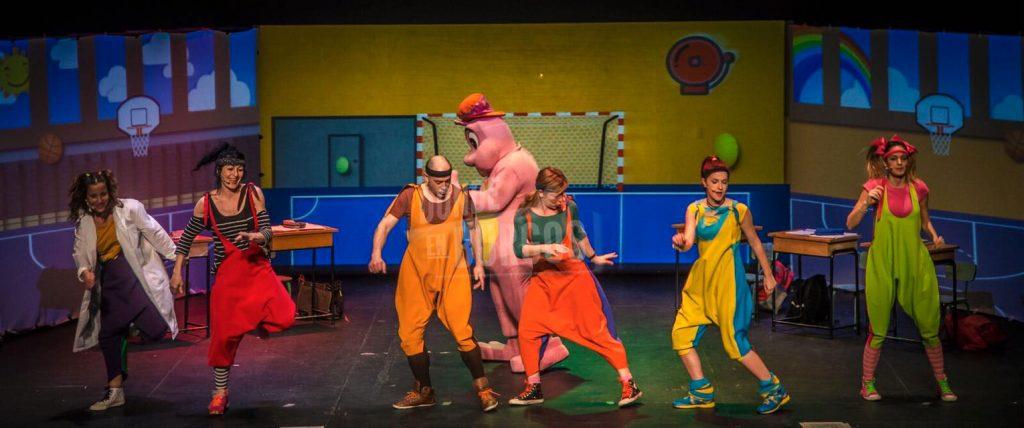 Teatro musical 'Siempre Creando Sonrisas' en Casa de Cultura de Gamonal (Burgos)