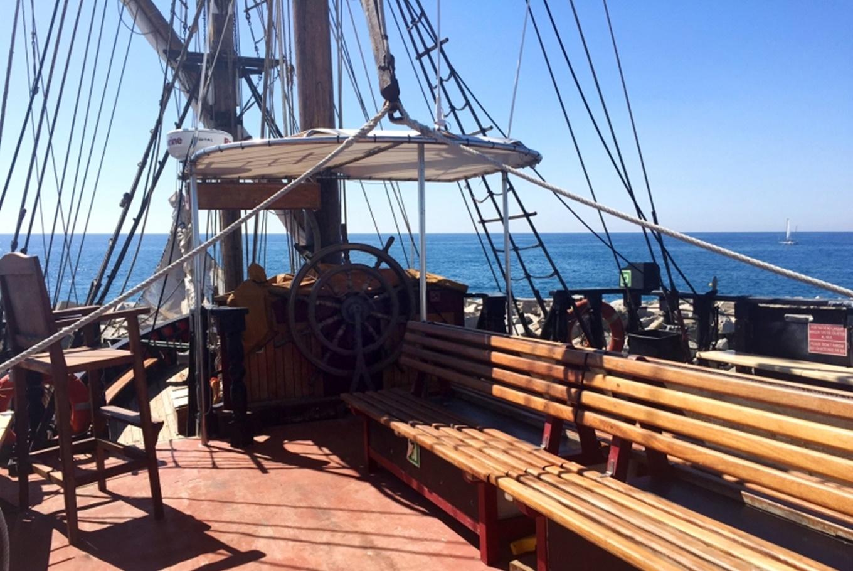 'Desayuno pirata' en Port Vell de Barcelona (Barcelona)
