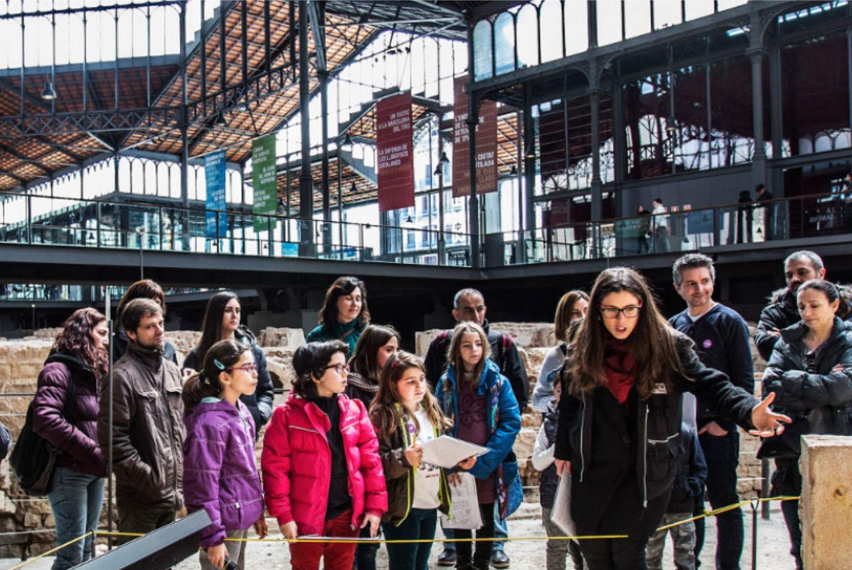 Taller 'Detectives en el Born' en El Born Centre de Cultura i Memòria (Barcelona)