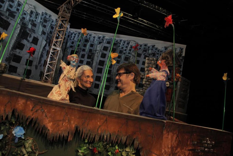 Teatro para niños 'Detrás de mi casa' en Sala Fènix (Barcelona)