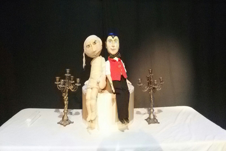 Teatro infantil 'La familia Drácula' en El Teatret (Valencia)