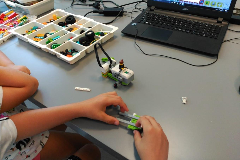 Talleres 'Robótica y programación en familia' en Droide (Valencia)