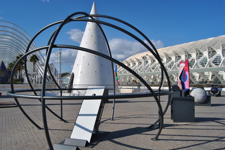 'Jardín de Astronomía' en Ciudad de las Artes y de las Ciencias (Valencia)