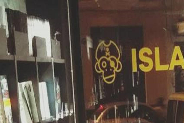 Librería Isla de Papel