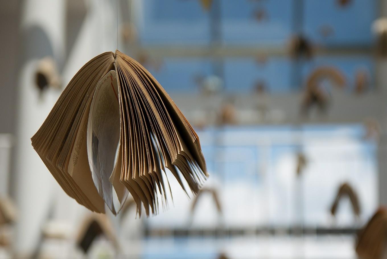 Exposición 'Libros gigantes de Gloria Fuertes' en Biblioteca Pública A. Rodríguez Moñino/M. Brey (Cáceres)