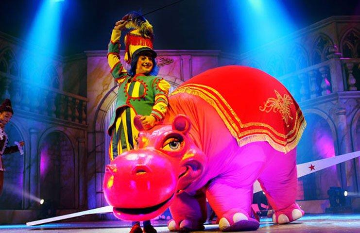 Circo 'Galtük, un sueño de Navidad' en Teatro Nuevo Apolo (Madrid)