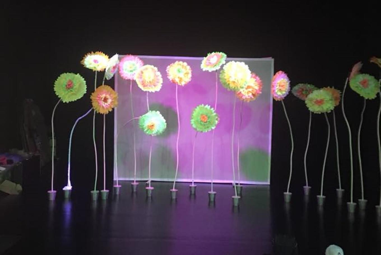 Teatro para bebés 'La flor de la maravilla' en Teatro L'Horta (Valencia)