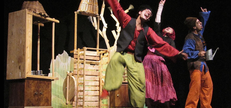 Teatro 'La Rebelión de los Caracoles' en Casa de Cultura de Gamonal (Burgos)