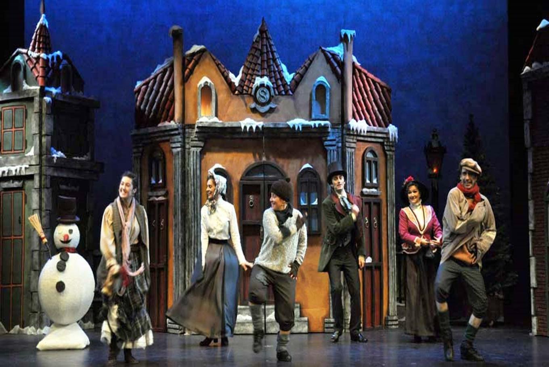 Teatro musical 'Cuento de Navidad' en Teatro Sanpol (Madrid)