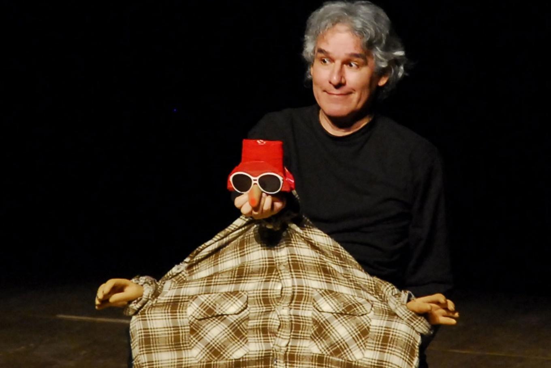 Noche de títeres: 'Vulgarcito' y 'Cuentos pequeños' en Teatro de Títeres de El Retiro (Madrid)