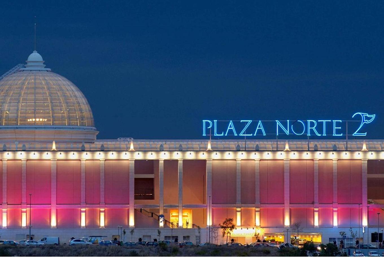 Centros comerciales para ni os en madrid for Muebles plaza norte