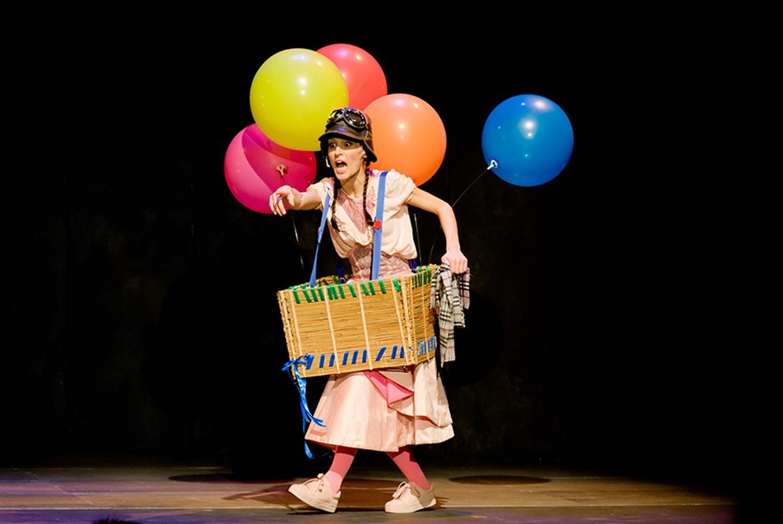 Teatro '¿Hay algo más aburrido que ser una princesa rosa?' en Auditori Vicent Torrent (Torrent)