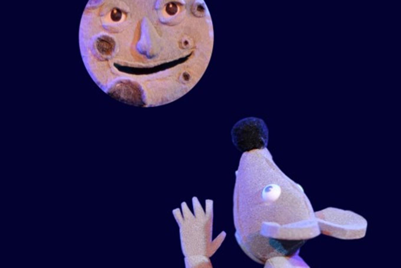 Musical de títeres y actores 'A qué sabe la luna' en Teatro Tarambana (Madrid)