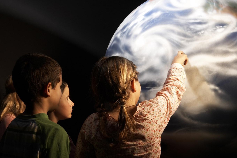 Taller 'Planetas y estrellas' en Caixaforum Sevilla (Sevilla)