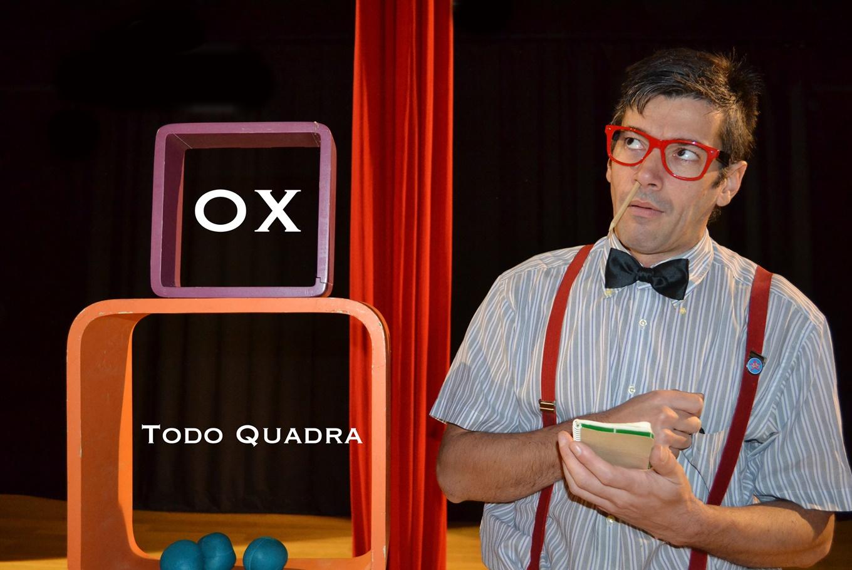 Espectáculo 'Todo quadra' en Teatro de las Esquinas (Zaragoza)